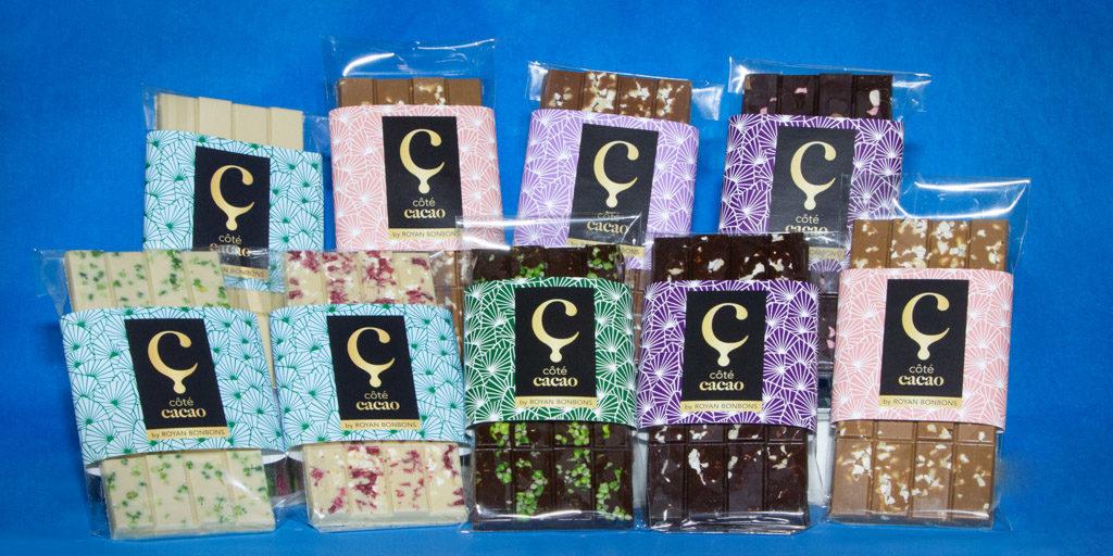 Tablette de chocolat noir, blanc et au lait personnalisées avec pépites